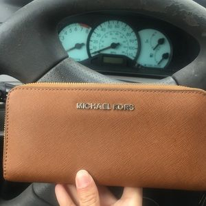 Michael Kors Wallet tan